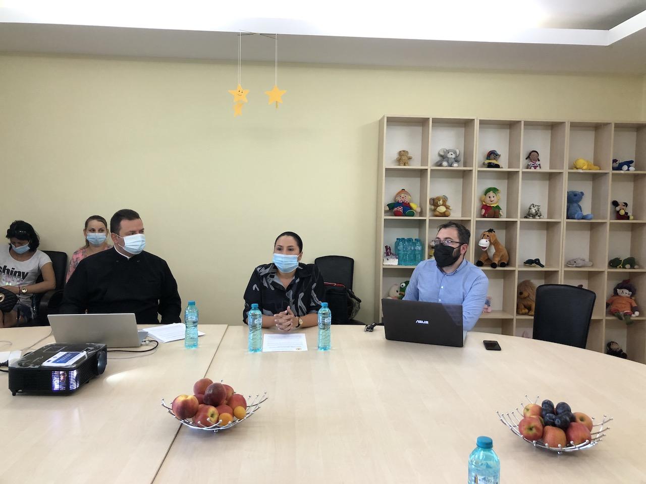 """Asociația Vasiliada – Filiala Târgu Jiu, în parteneriat cu CEZ Vânzare și Asociația CSR Nest, anunță lansarea proiectului """"Împreună suntem o familie"""""""